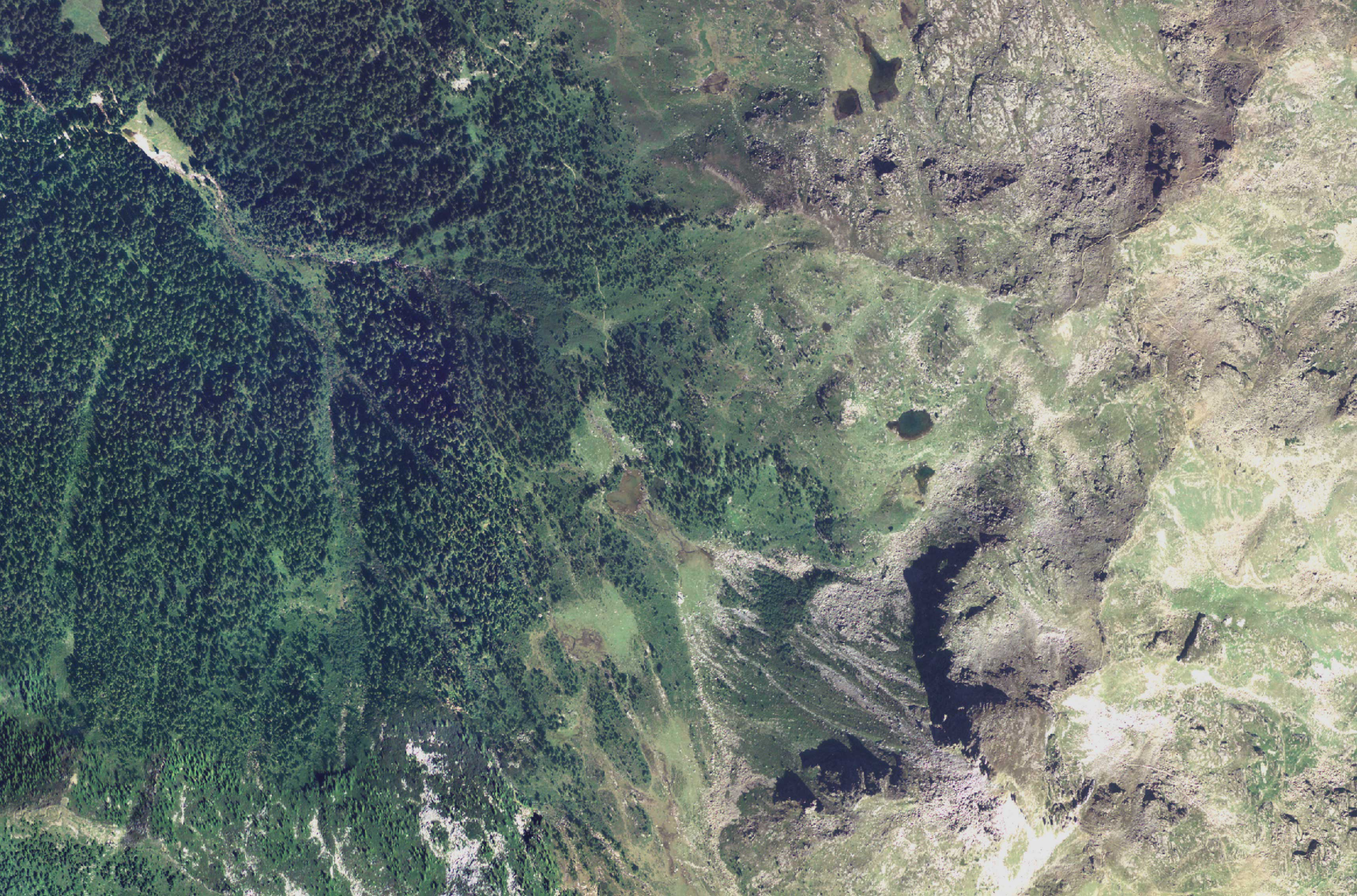 Lago Cengello satellite
